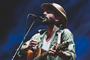 Ray Lamontagne With Very Sp...