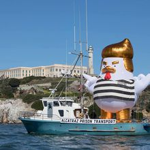 33-foot President Trump Chicken to Visit Alcatraz in San Francisco This Weekend
