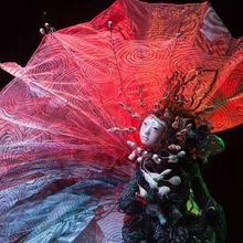 Sha Sha Higby Paper Wings II(USA), Dance in Sculptural Costume