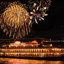 San Francisco Fleet Week Fireworks Buffet Dinner Cruise