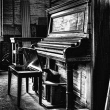 Sue Crossman - Solo Piano