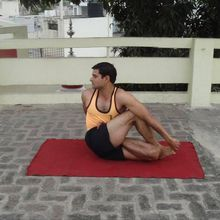 Learn Yoga - The Indian Way !