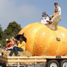 47th Half Moon Bay Art & Pumpkin Festival, World Pumpkin Capital Celebrates the Great and Almighty Gourd