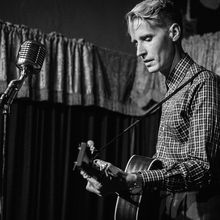 Tom Brosseau // Garrett Pierce