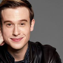 Tyler Henry - The Hollywood Medium