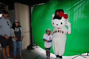 SF Giants Hello Kitty Night