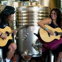 Live Music this Weekend at Retzlaff Vineyard