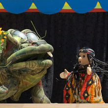 Yerba Buena Gardens Children's Garden Series with Caterpillar Puppets