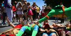 27 Fun and Easy Bay to Breakers Costume Ideas