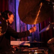 FROM NYC: LESLEY MOK TRIO