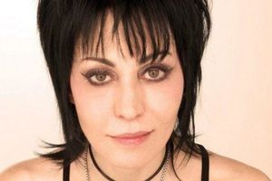 Joan Jett and the Blackhear...